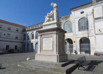 monumento-alla-carita
